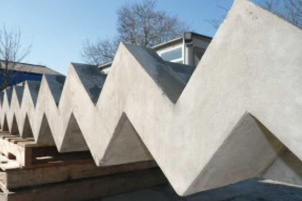 PRECAST STAIRS AND LANDINGS